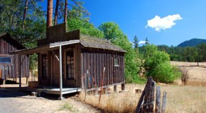 You'll Never Forget A Trip To This Tiny Abandoned Gold Mining Town In Oregon