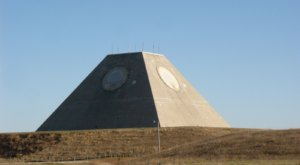 There's A Little Known Unique Pyramid In North Dakota And It's Truly Bizarre