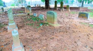 The Story Behind This Forgotten Cemetery In Georgia Will Chill You To The Bone