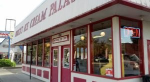The Tiny Shop In Northern California That Serves Homemade Ice Cream To Die For