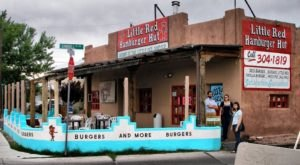 The Chile Cheeseburgers At This New Mexico Restaurant Are One-Of-A-Kind