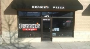 The Little Hole-In-The-Wall Restaurant That Serves The Best Pizza In Kansas