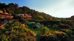 Spend The Night At This Incredible Resort In Northern California For One Last Summer Getaway