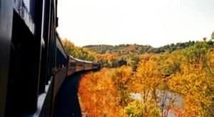 Take This Fall Foliage Train Ride Near Minneapolis For A One-Of-A-Kind Experience
