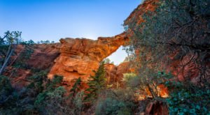 You'll Love The Easy Hikes To These 6 Natural Arches In Arizona