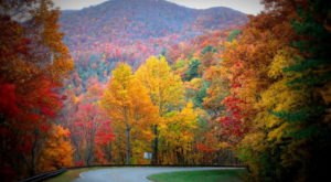 The One Tennessee Town Everyone Must Visit Come Fall