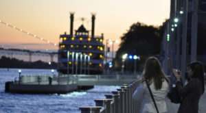 These 9 Romantic Spots In Detroit Are Perfect To Take That Special Someone