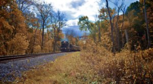 Take This Fall Foliage Train Ride Near Cleveland For A One-Of-A-Kind Experience