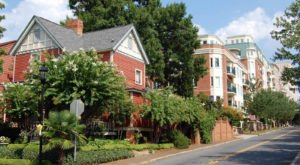 You'll Absolutely Love These 4 Charming, Walkable Streets In Charlotte