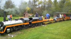 Ohio's Pumpkin Patch Train Ride Is A Great Way To Spend A Fall Day