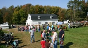 9 Family Farms In Michigan That Are Perfect For An Autumn Afternoon
