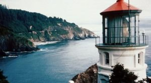 These 5 Haunted Lighthouses On The Oregon Coast Will Give You Chills