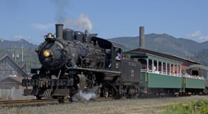 See The Oregon Coast Like Never Before On This Scenic Train Ride