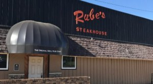 The Incredible Iowa Restaurant That's Way Out In The Boonies But So Worth The Drive