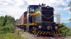 This Autumn-Themed Train Ride Will Show You The Best Of Rhode Island