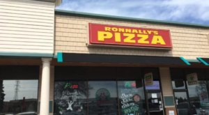 11 Incredible Mom and Pop Pizza Joints In Minnesota To Add To Your Bucket List