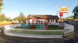The Old Fashioned Chalet That Serves The Best Burgers And Shakes In Southern California