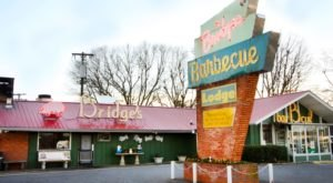 These 8 Hole In The Wall BBQ Restaurants In North Carolina Will Make Your Tastebuds Go Crazy