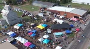 Visit This Outdoor Flea Market In Oklahoma Where You'll Find Awesome Stuff