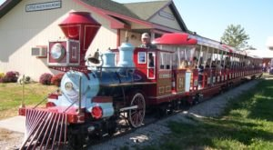 Missouri's Pumpkin Patch Train Ride Is A Great Way To Spend A Fall Day