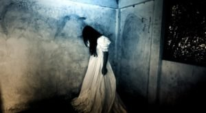 7 Haunted Houses In Massachusetts That Will Terrify You In The Best Way