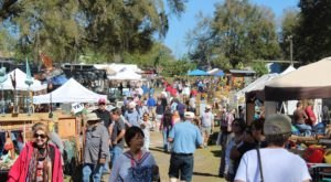 8 Amazing Antique Festivals In Florida Where You'll Find All Kinds Of Treasures
