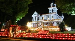 10 Halloween Towns In West Virginia That Will Terrify And Delight You In The Best Way Possible