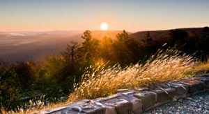 The Skyline Drive That Will Show You Oklahoma's Fall Colors Like Never Before