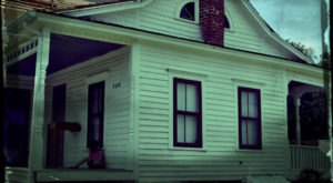 The Iowa Ghost Story That Will Leave You Absolutely Baffled
