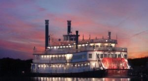 There's A Bourbon Cruise Happening In Kentucky This Fall And You'll Want To Be On It