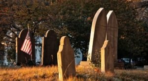 10 Horribly Creepy Things You Didn't Know You Could Do In Maine