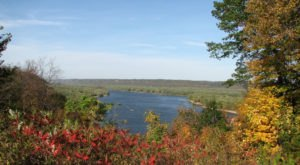Explore Iowa's Towering Bluffs During The Most Beautiful Season