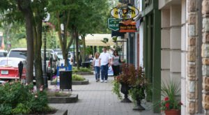 The Tiny Town Near Detroit With The Most Scrumdiddilyumptious Restaurants