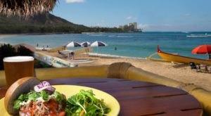 Visit This One Landmark Restaurant For A True Taste Of Hawaii