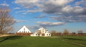 Spend A Day In The Country At This Alluring Illinois Farm This Fall