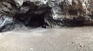 There's A Terrifying Haunted Cave In Hawaii And It's Not For The Faint Of Heart