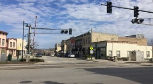 The Spooky Small Town In Illinois That Could Be Straight Out Of Stranger Things
