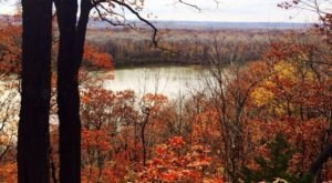 10 Short And Sweet Fall Hikes In Missouri With A Spectacular End View