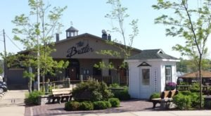 The Tiny Town In Michigan With The Most Scrumdiddilyumptious Restaurants