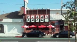 The Little Hole-In-The-Wall Restaurant That Serves The Best Pizza In Southern California