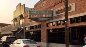 7 Famous Restaurants In Montana That Are So Worth Waiting In Line For