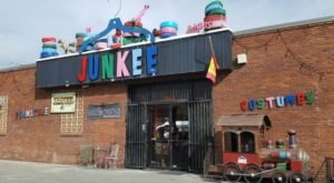 If You Live In Nevada, You Must Visit This Unbelievable Thrift Store At Least Once