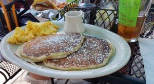 The World's Best Blueberry Pancakes Can Be Found Right Here In Maine