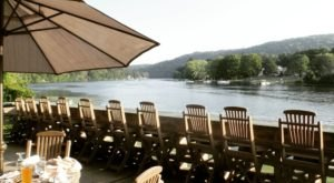 Six Connecticut Restaurants Right On The River That You're Guaranteed To Love