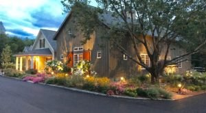 This New Hampshire Restaurant In A Rebuilt Barn Serves The Most Delicious Food