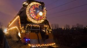 The Holiday Express Train Ride In Portland That Will Take You On An Unforgettable Adventure