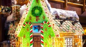 You Can Have Dinner Inside A Life Size Edible Gingerbread House This Season