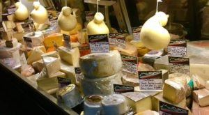 You'll Never Want To Leave This Italian Market In Florida With Over 300 Kinds Of Cheese