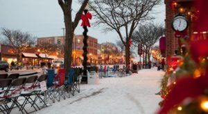 9 Main Streets Surrounding Detroit That Are Pure Magic During Christmastime