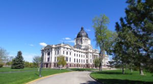 10 Strange Habits Every South Dakotan Will Defend To The Death